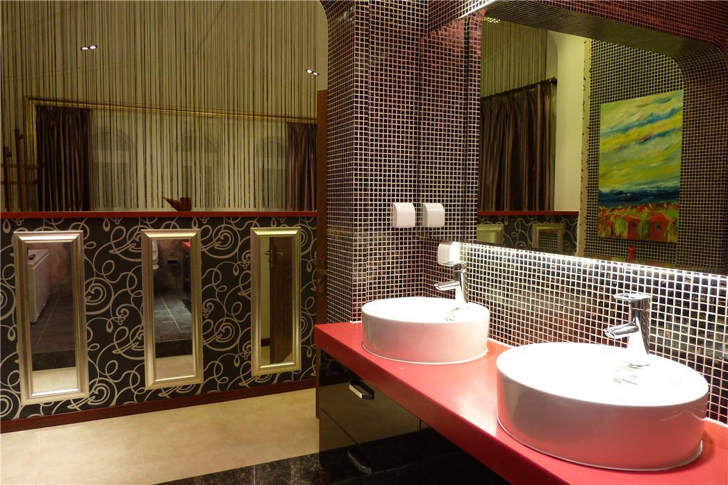 中国风别墅设计复式新中式卫生间装修效果图设计欣赏图片