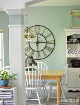 室内休闲区挂钟设计欣赏