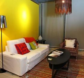 现代风格小两居室客厅墙面颜色效果图