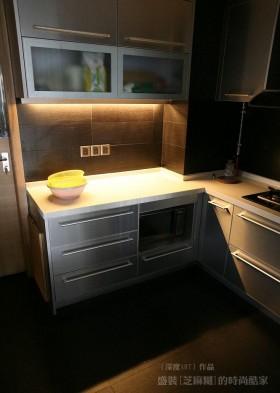 厨房不锈钢橱柜图片