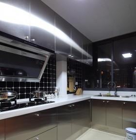 厨房不锈钢橱柜装修效果图欣赏