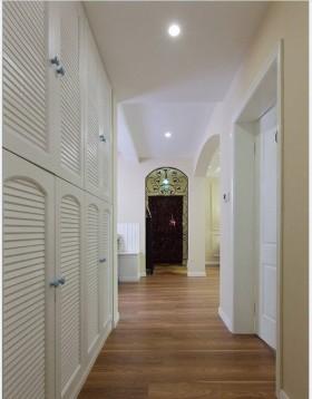 地中海风格走廊玄关装修设计