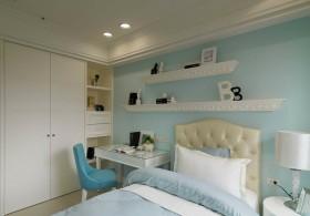 现代美式风格卧室床头设计效果图