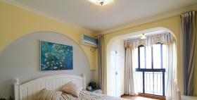 卧室无框阳台窗帘装修效果图
