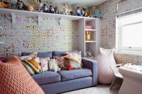 儿童房间展示架装饰墙