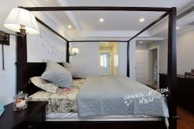 混搭唯美精致卧室装修
